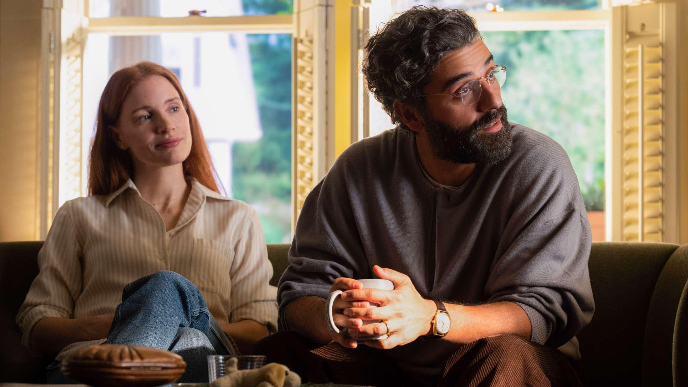 'Scenes From a Marriage': HBO-remake med Oscar Isaac og Jessica Chastain er et fem timer langt skænderi