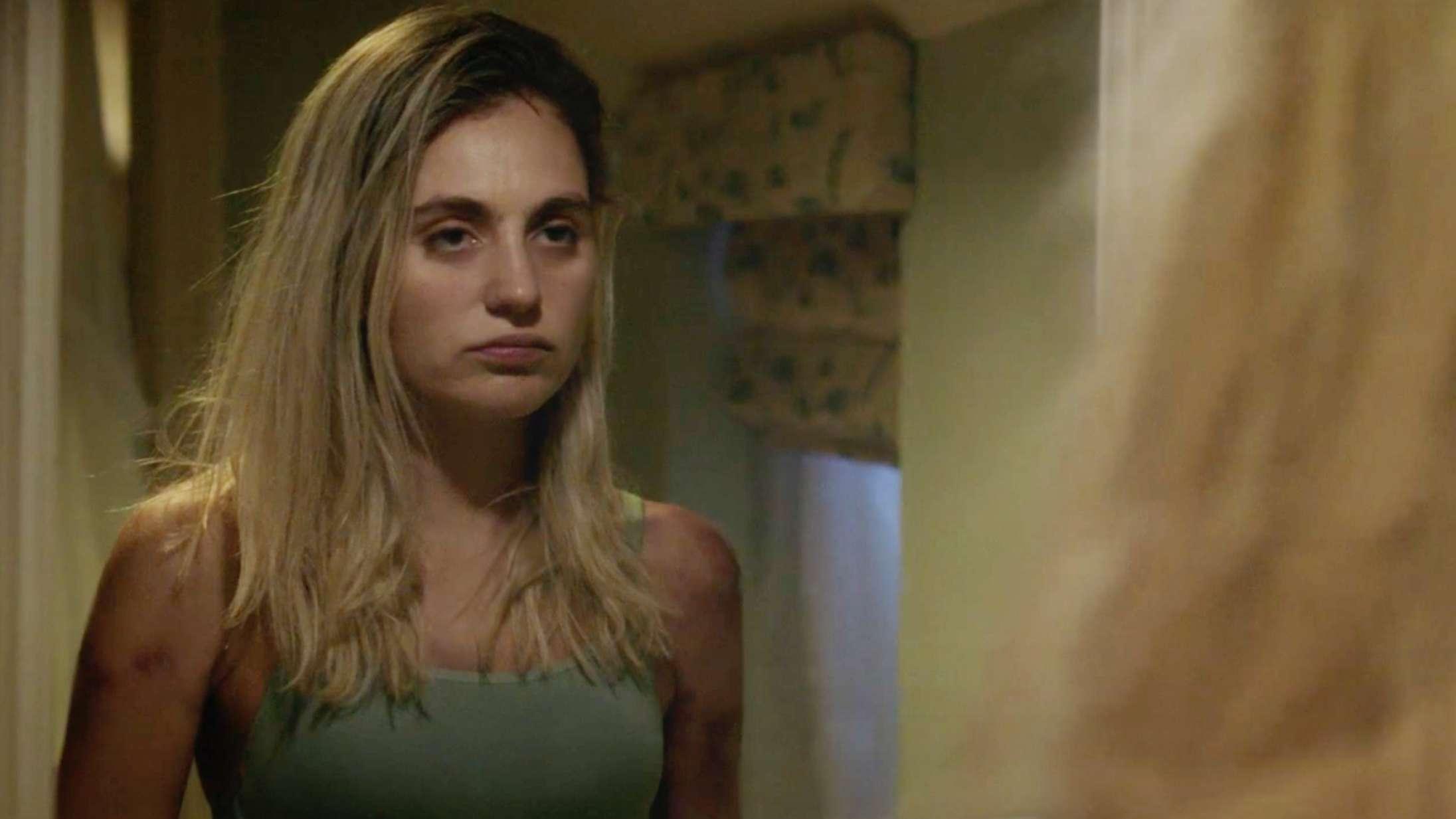 Se Victoria Carmen Sonne i traileren til den internationale thrillerserie 'Red Election'
